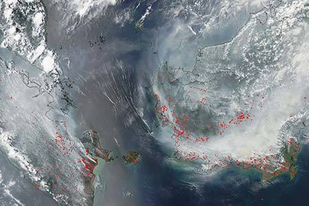 Extreme pollution episodes and wildfires